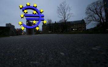 Χαλαρή νομισματική πολιτική της ΕΚΤ και φέτος αναμένει ο Standard & Poor's
