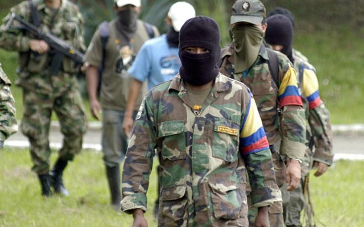 Αποχαιρετισμός στα όπλα για τους αντάρτες της FARC
