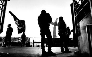 Φωτογραφίες από τον «στρατιωτικό» σύνδεσμο των φανατικών οπαδών της Νάπολι