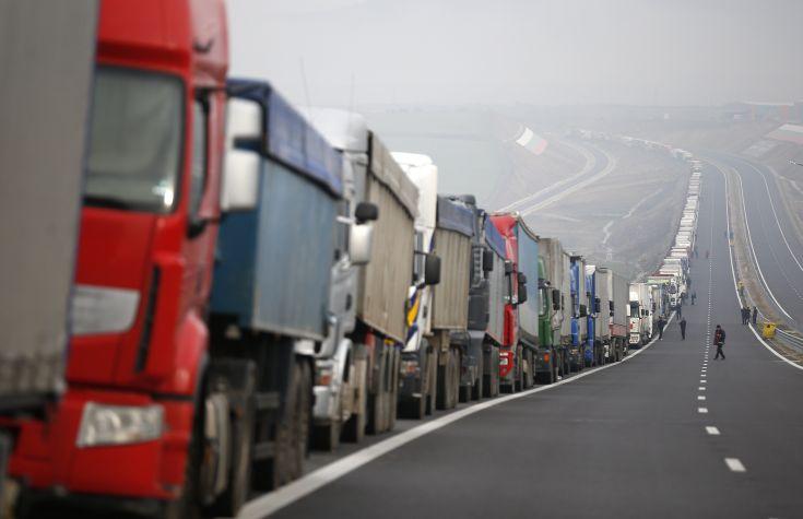Νέκρωσε ο οδικός άξονας της Βουλγαρίας