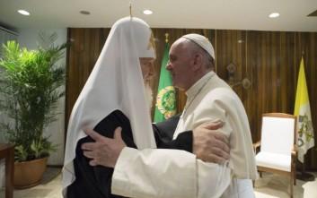 Φιντέλ: Η συνάντηση του Πάπα με τον Κύριλλο αναπτέρωσε τις ελπίδες όλων των λαών