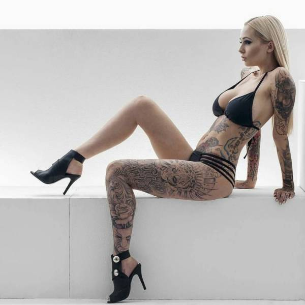 girls_who_like_ink_05