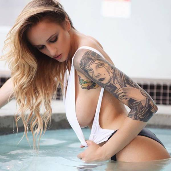 girls_who_like_ink_51
