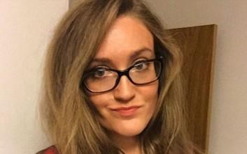 Η γυναίκα που σταμάτησε να χρησιμοποιεί σαμπουάν και κρέμα μαλλιών