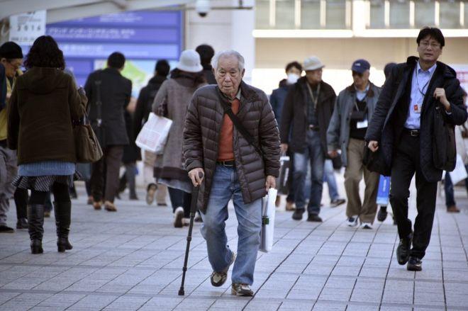 Αντιμέτωπη με τις επιπτώσεις από τη ραγδαία γήρανση του πληθυσμού της η Ιαπωνία