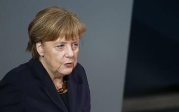 Μέρκελ: Το Brexit θα αρχίσει μόνον όταν η Βρετανία ανακοινώσει επισήμως την πρόθεσή της να αποχωρήσει