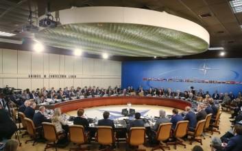 Προς κοινή χρήση των υποδομών ΕΕ και ΝΑΤΟ για πολιτικούς και στρατιωτικούς σκοπούς