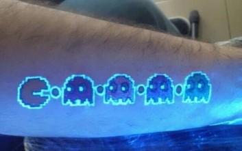 Τατουάζ για... σβηστά φώτα