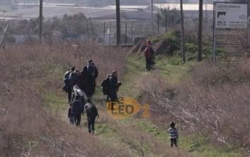 Πρόσφυγες ξεκίνησαν με τα πόδια από τα Διαβατά για την Ειδομένη