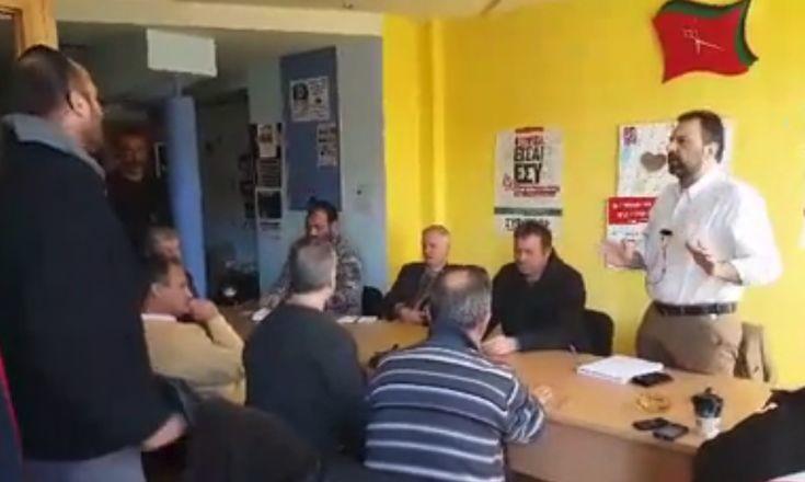 Αγρότες εισέβαλαν στα γραφεία του ΣΥΡΙΖΑ στη Σπάρτη