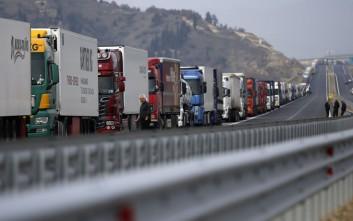 Η Ελλάδα, η χώρα των γερασμένων φορτηγών