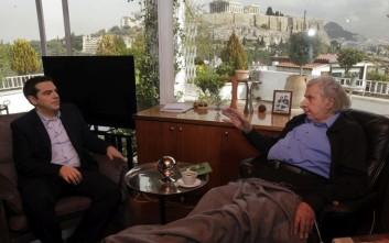 Μίκης Θεοδωράκης: Αρχιερέας της νεοφιλελεύθερης πολιτικής ο Τσίπρας