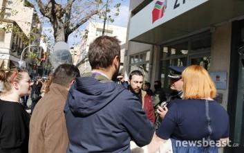 Στα γραφεία του ΣΥΡΙΖΑ οι συμβασιούχοι στους ΟΤΑ