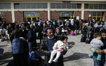 Παιδικά καρότσια ζητά ο Ερυθρός Σταυρός στη Θεσσαλονίκη