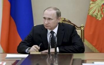 Πούτιν: Να τηρηθεί η εκεχειρία στο Ναγκόρνο Καραμπάχ