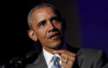 Ομπάμα: Η Χίλαρι ουδέποτε έθεσε σε κίνδυνο την εθνική ασφάλεια της χώρας