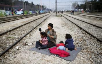 Κοντά στους πρόσφυγες στελέχη του Ερυθρού Σταυρού από 20 χώρες