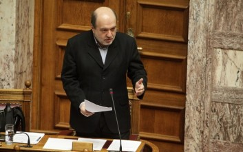 Αλεξιάδης: Ο ακατάσχετος λογαριασμός πρέπει να δηλωθεί στο taxis