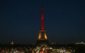 Στα χρώματα της σημαίας του Βελγίου ο Πύργος του Άιφελ