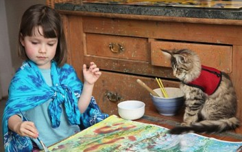 e3cc61cf94d7 Πώς μια γάτα άλλαξε ριζικά τη ζωή ενός κοριτσιού με αυτισμό