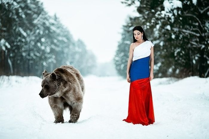beauty_and_the_bear_04