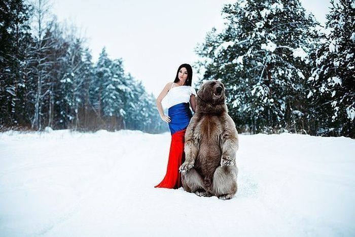beauty_and_the_bear_05