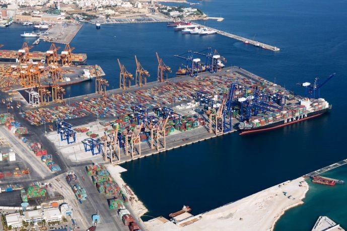 Cosco: Θα κάνουμε τον Πειραιά το μεγαλύτερο λιμάνι εμπορευματοκιβωτίων στην Ευρώπη Στα 293,8 εκατ. ευρώ η επένδυση του κινεζικού ομίλου στο λιμάνι του Πειραιά