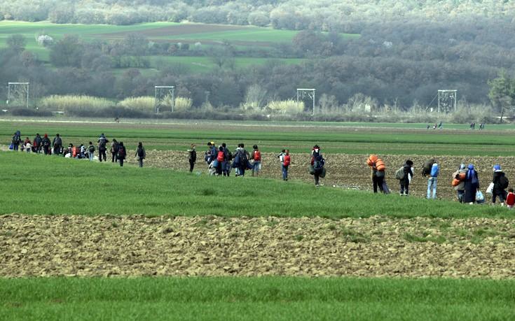 Με 500 ευρώ οι Σκοπιανοί ανοίγουν τα σύνορα για πρόσφυγες και μετανάστες