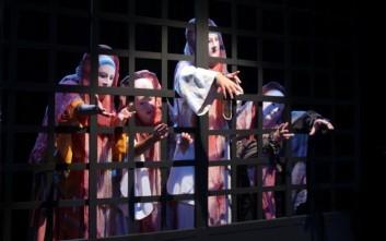 Οι παραστάσεις του θεατρικού οργανισμού «Κάτω απ' τη Γέφυρα»