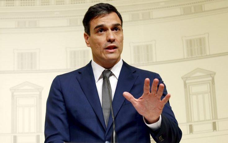 Απόλυτος κυρίαρχος του παιχνιδιού στους ισπανούς σοσιαλιστές ο Πέδρο Σάντσεθ