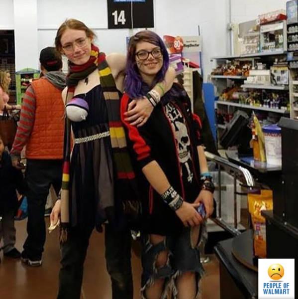 Μυθικές εμφανίσεις για ψώνια | Newsbeast