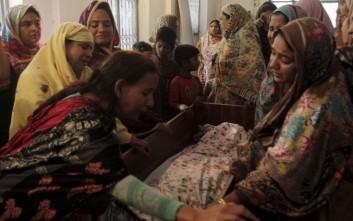 Το υπουργείο Εξωτερικών καταδικάζει το μακελειό στο Πακιστάν