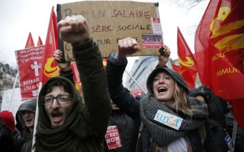 Συγκρούσεις και συλλήψεις στη Γαλλία για τα εργασιακά