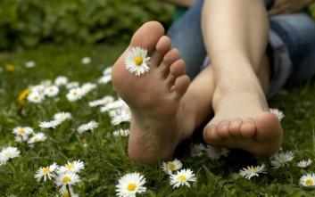 Αντιμετωπίστε την κακοσμία των ποδιών f9aa2c8323c