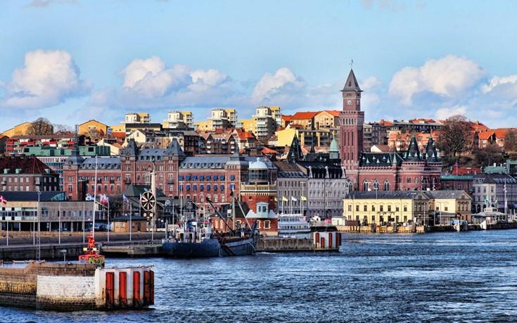 Η Σουηδία ανακοίνωσε τη λήξη των ελέγχων στα σύνορα με τη Δανία