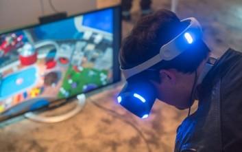 Τον Οκτώβριο θα κυκλοφορήσει το Sony VR headgear για το Playstation