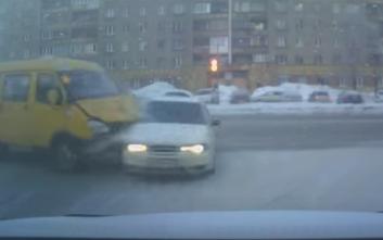 Οδηγώντας στους δρόμους της Ρωσίας...