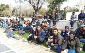 Πρόσφυγες θέλουν να κατασκηνώσουν στο κέντρο της Θεσσαλονίκης