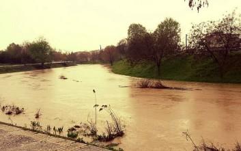 Ισχυρές βροχοπτώσεις στα Τρίκαλα
