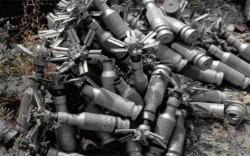 Βόμβες διασποράς από την αεροπορία του Σουδάν