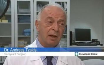 Απέτυχε η πρώτη μεταμόσχευση μήτρας στις ΗΠΑ από έλληνα γιατρό