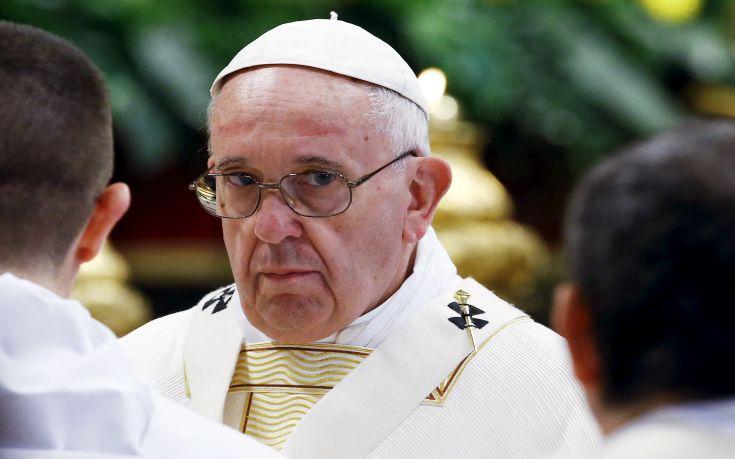 Πάπας: Προσευχόμαστε υπέρ των θυμάτων του τουρκικού λαού