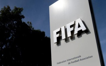 Η FIFA θέλει να κρατήσει η ίδια τη διαιτησία στην Ελλάδα