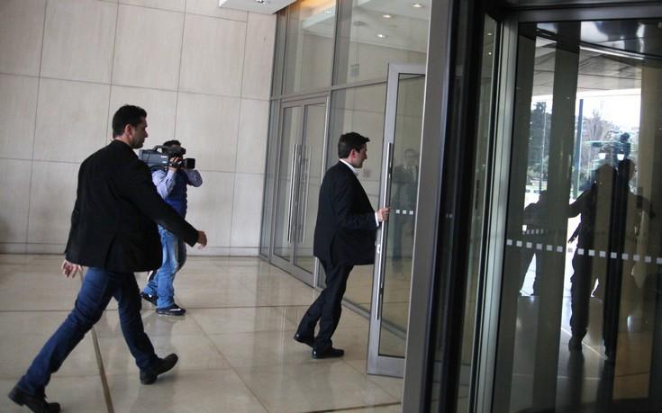 Παύση στις διαπραγματεύσεις λόγω Wikileaks