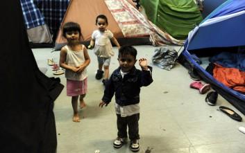 Στρώματα και παπλώματα σε δομές φιλοξενίας προσφύγων και φυλακές