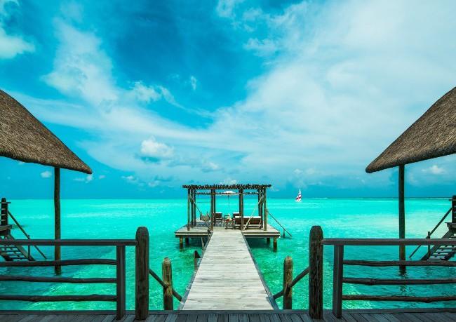Cocoa Island Hotel 3