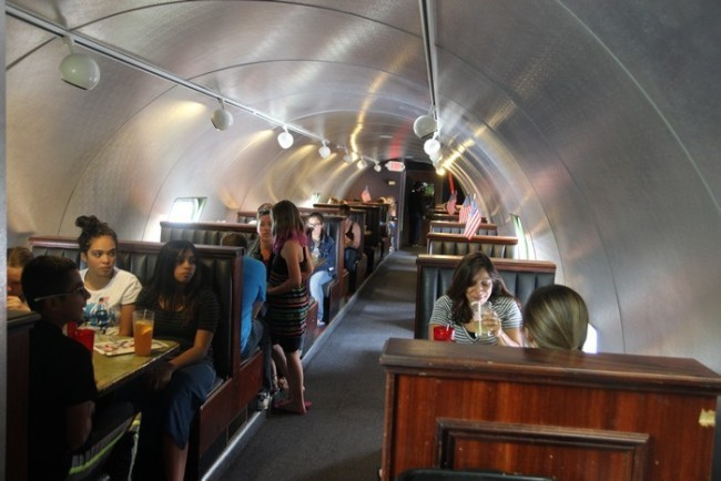 TheAirplaneRestaurant-Plane-Seating