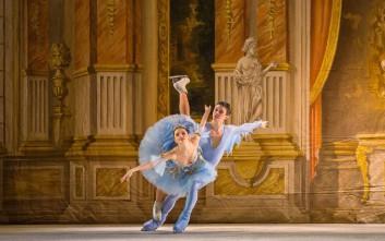 Το κλασικό μπαλέτο συναντά το καλλιτεχνικό πατινάζ