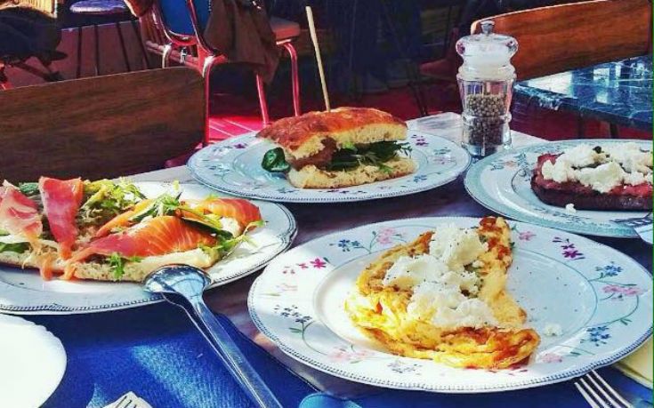 Όμορφες αυλές για νόστιμο και απολαυστικό brunch – Newsbeast