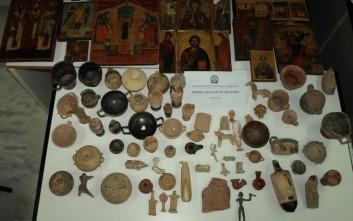 Αγγεία, ειδώλια, εικόνες είχαν αρχαιοκάπηλοι στη Μονεμβασιά